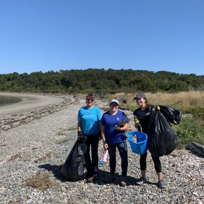 BHN SCA and BCBS employees during trash clean up